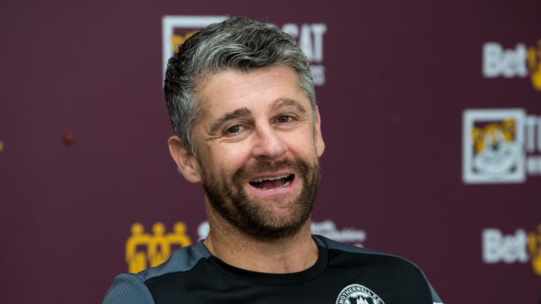 Motherwell manager Stephen Robinson is hoping the signing of Cole provides his team with added firepower