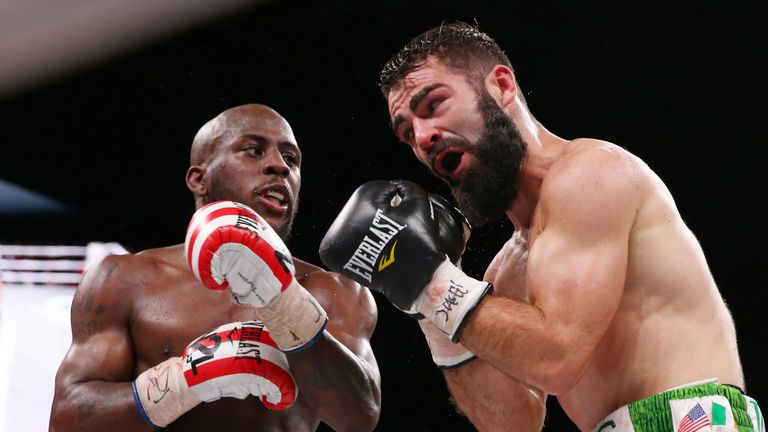 Tevin Farmer catches Jono Carroll during their IBF super featherweight showdown