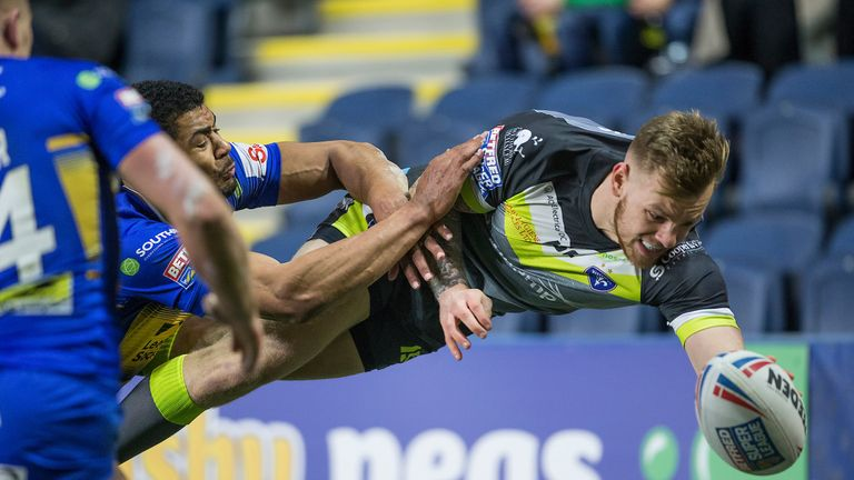 Tom Johnstone was in world class form at Leeds on Friday night