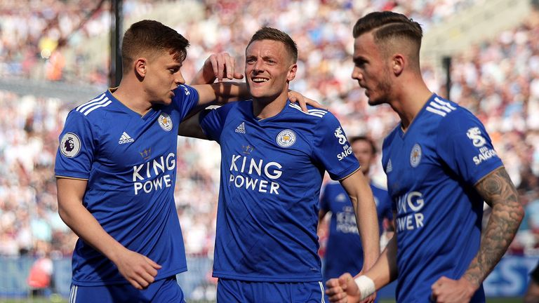 Highlights from Leicester's 3-0 win against Arsenal in the Premier League