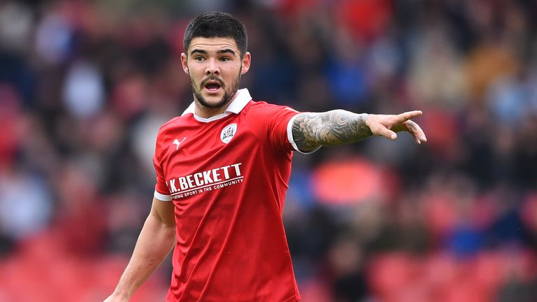 Alex Mowatt is one of five Barnsley players in the PFA League One Team of the Year