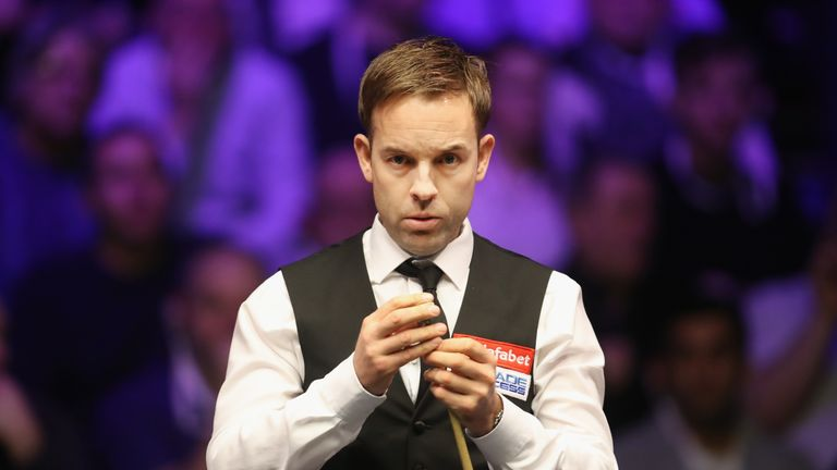 Ali Carter advanced to the second round of the World Championship