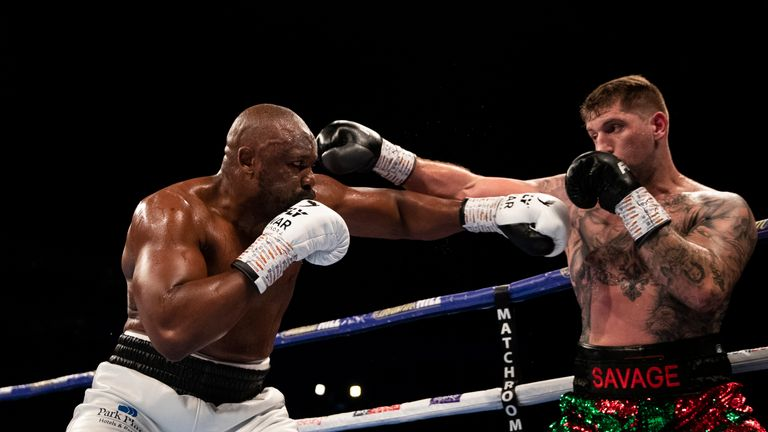 Chisora was largely untroubled by Gashi