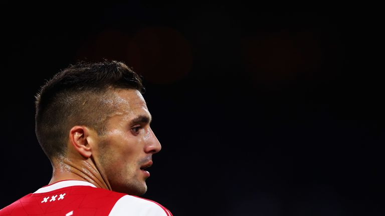 Dusan Tadic's Ajax returned to the top of the Eredivisie table with a 4-1 win at Willem II