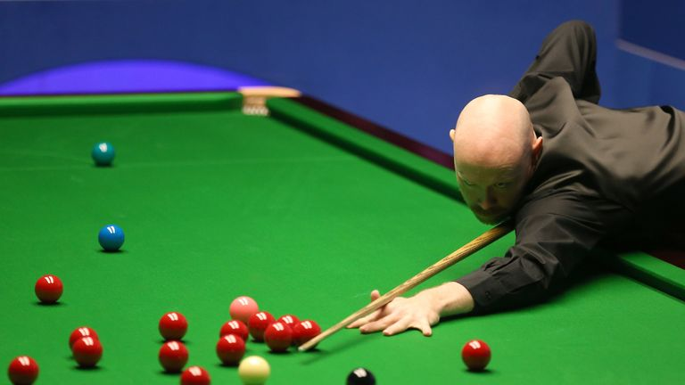Wilson trailed 5-4 overnight and then 7-5, but then won four successive frames to go 9-7 ahead