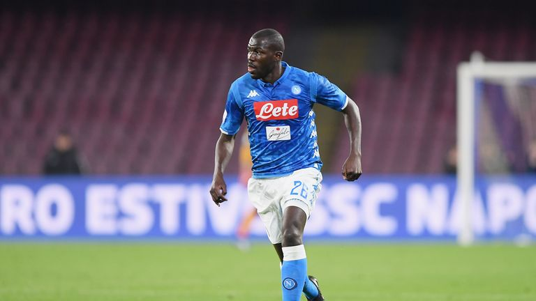 Manchester United are reportedly set to bid for Kalidou Koulibaly