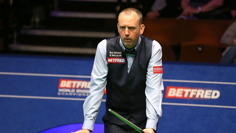 Mark Williams was left angry despite progressing to the second round at the Crucible