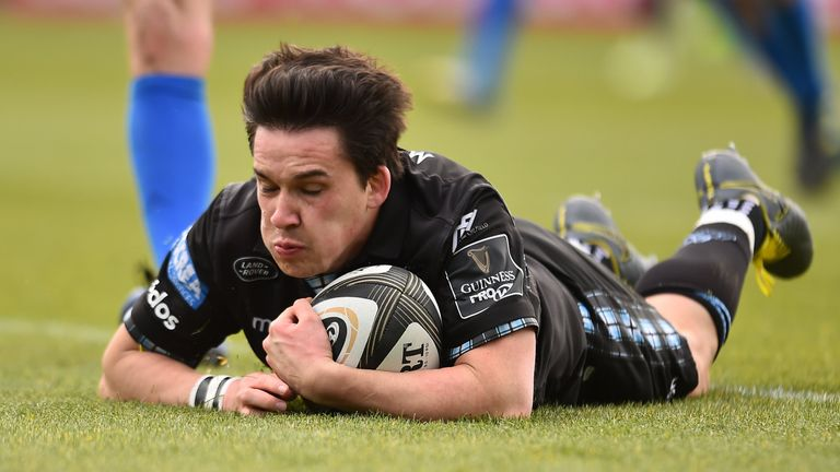 Sam Johnson of Glasgow Warriors touches down to score his side's first try