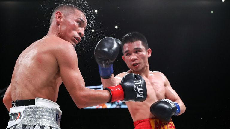 Srisaket Sor Rungvisai desperately tried to salvage victory