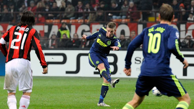 Alderweireld scoring for Ajax against AC Milan in the San Siro in 2010