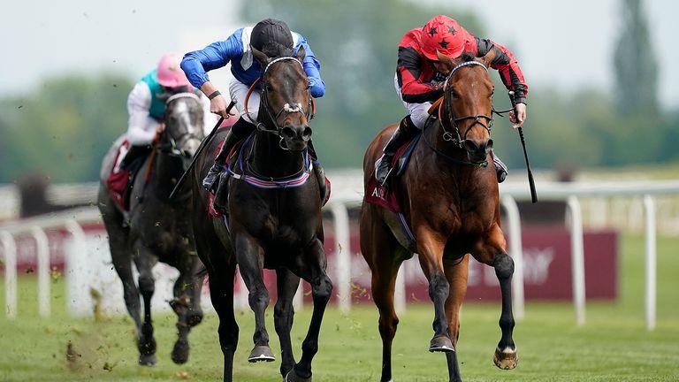 Khaadem lands Carnarvon Stakes at Newbury