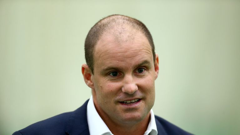 Andrew Strauss says he was hurt by Pietersen sending text messages about him to South African players in 2012