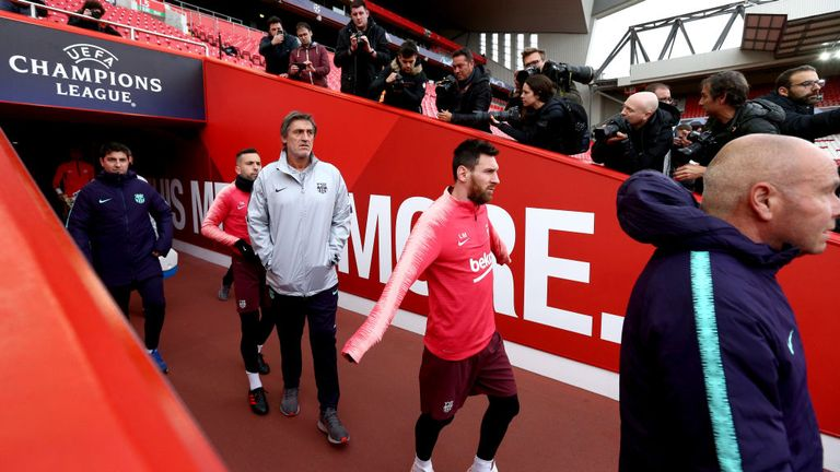 Charlie Nicholas expects Messi to thrive playing under the Anfield lights