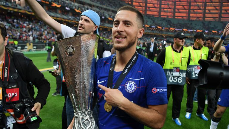 Eden Hazard with the Europa League trophy