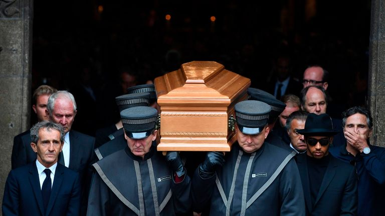 Lauda's coffin is carried out of St Stephen's Cathedral