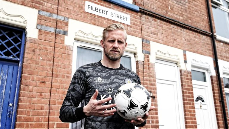 Kasper Schmeichel in the new goalkeeper kit