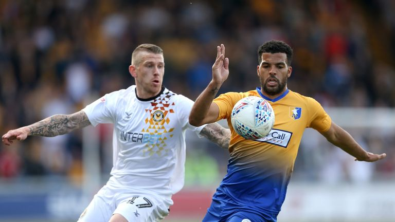 Newport and Mansfield both squandered great goalscoring chances