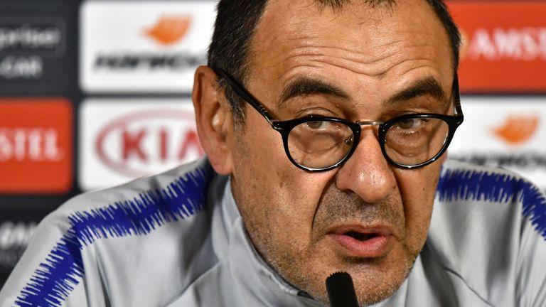 Who should Maurizio Sarri pick in the Europa League final?
