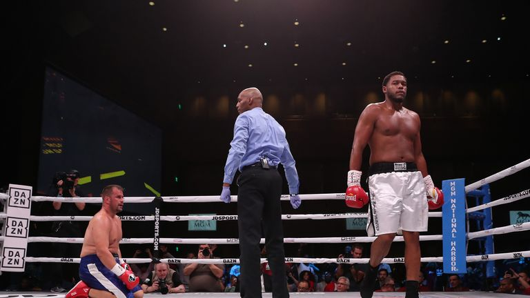 Hunter dropped Maldonado in the second round of their 10 rounder