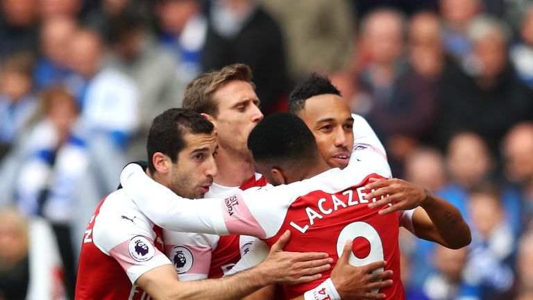 Pierre-Emerick Aubameyang celebrates with team-mates