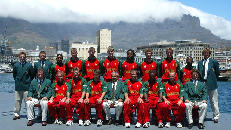 Zimbabwe's squad lines up ahead of the 2003 Cricket World Cup