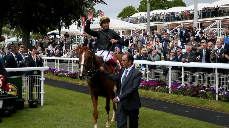 Stradivarius faces ten rivals in Gold Cup at Royal Ascot