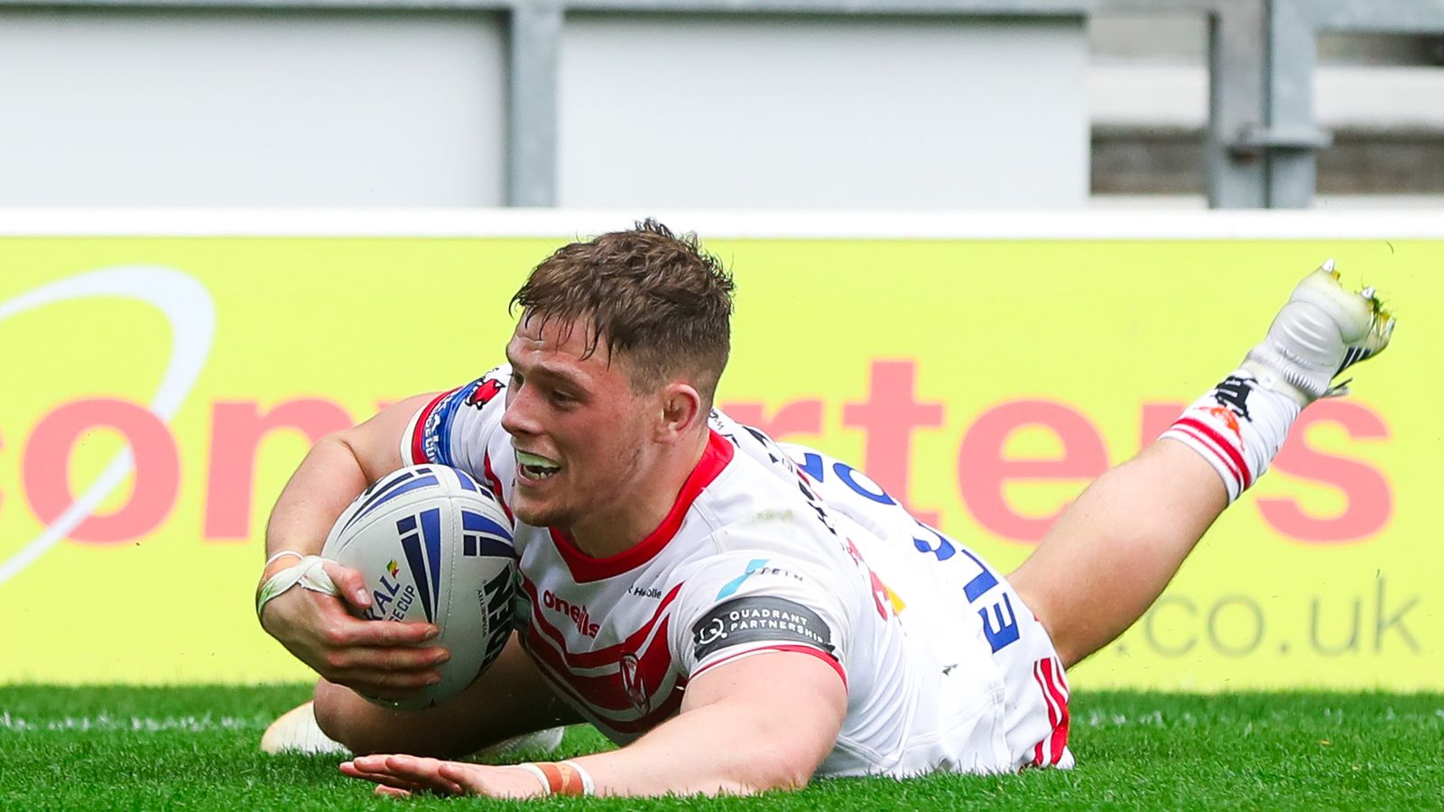 9e3576ea398 St Helens 48-10 Wakefield Trinity: Saints storm into Challenge Cup  semi-finals