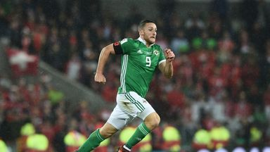 Conor Washington will link up with Northern Ireland team-mate  Michael Smith at Hearts