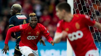 Moussa Djenepo signs for Southampton in a deal that could rise to £15m