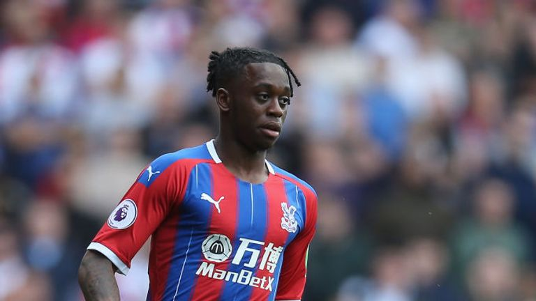 Manchester United are preparing to make a second bid for Crystal Palace right-back Aaron Wan-Bissaka -  Sky sources
