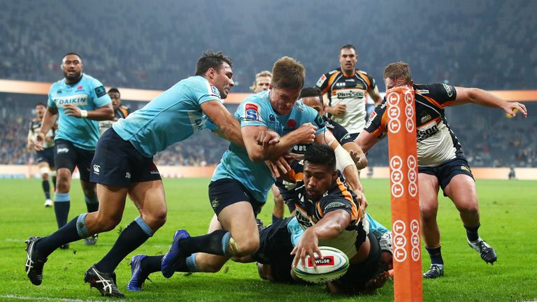 Folau Fainga'a was one of five try scorers as the Brumbies won at the Waratahs and topped the Australian conference