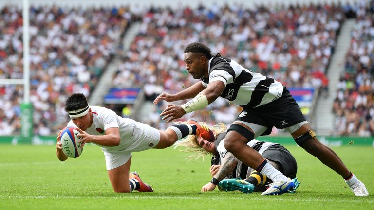 Marcus Smith put on a show at Twickenham