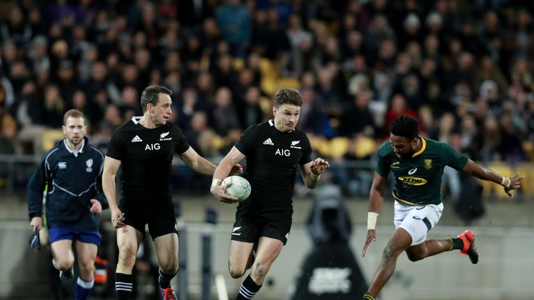 All Blacks choose Beauden Barrett and Richie Mo'unga for World Cup opener