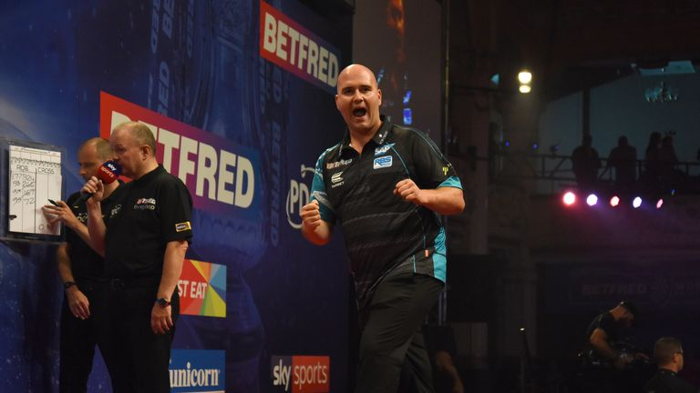 Cross sealed his second major PDC title on a dramatic night in Blackpool