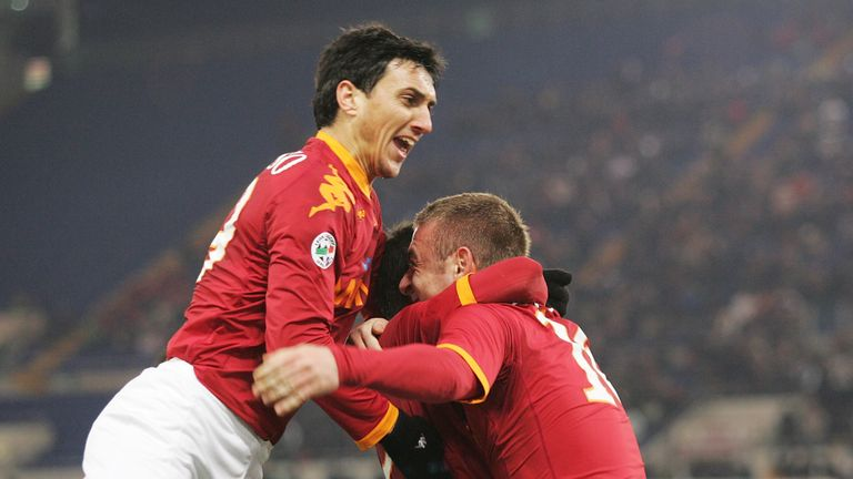 De Rossi is set to reunite with Nicolas Burdisso after the pair spent five seasons together at Roma