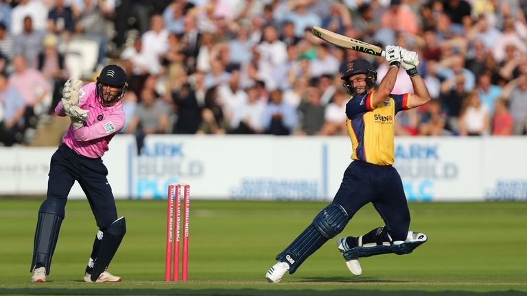 Ryan ten Doeschate's 74 not out proved to be in vain for Essex Eagles