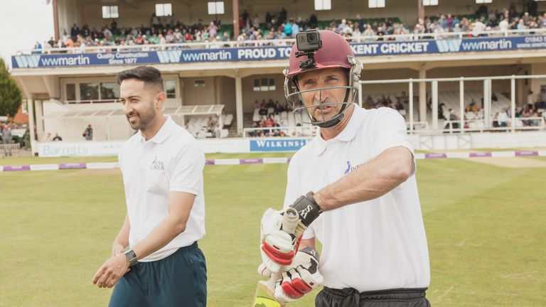 Nasser Hussain was taking no chances against the pace of Aqib Iqbal!