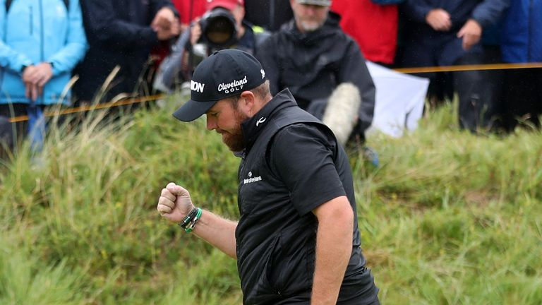 Lowry kept the pressure on his rivals by holing some crucial putts during the final round
