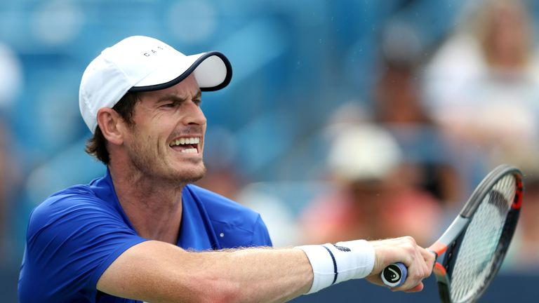 Andy Murray hits a forehand against Richard Gasquet at the Cincinnati Masters