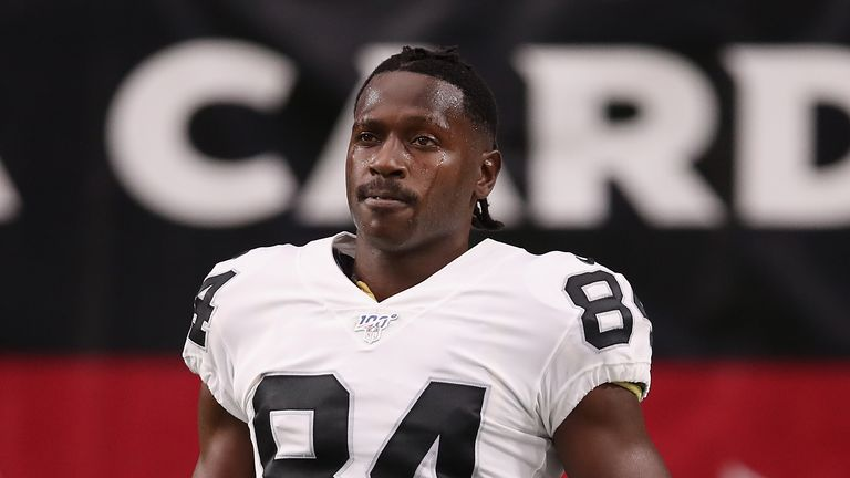 Antonio Brown warms up before the Oakland Raiders' preseason game against the Arizona Cardinals