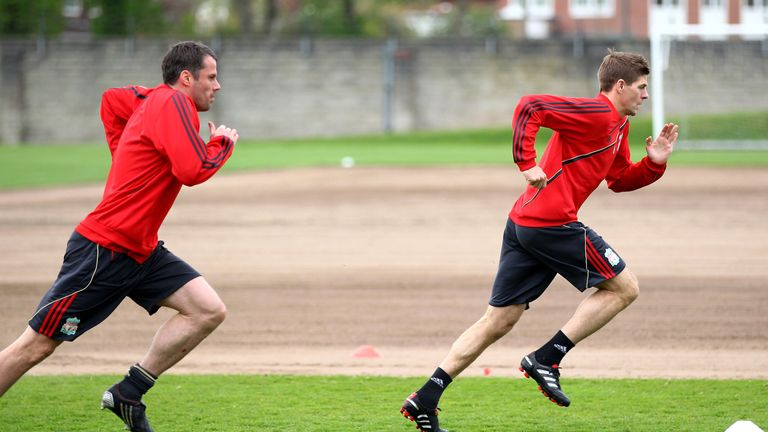 Carragher in Liverpool training with Steven Gerrard