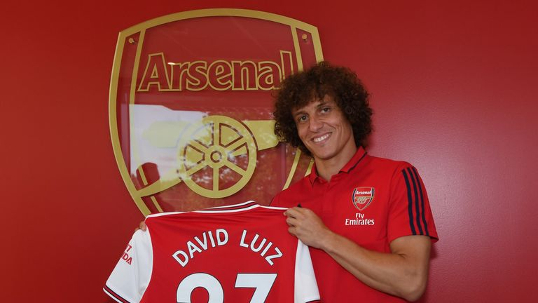 David Luiz swapped west London for north London in Aug 2019