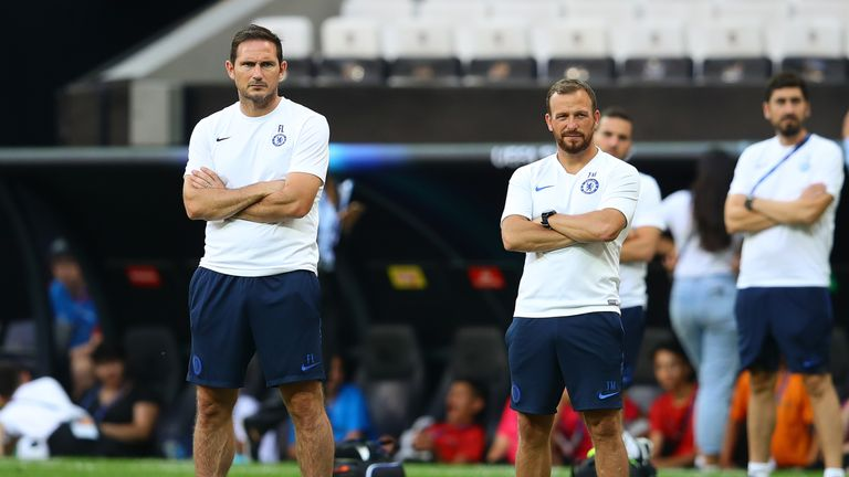 Jody Morris (right) is the assistant coach at Chelsea