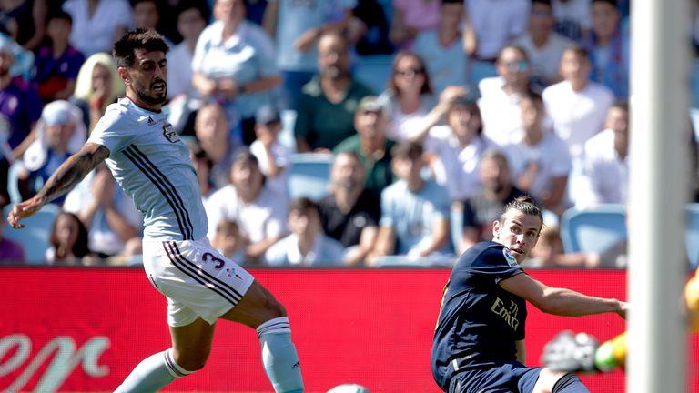 Bale set up Karim Benzema's 11th-minute opener