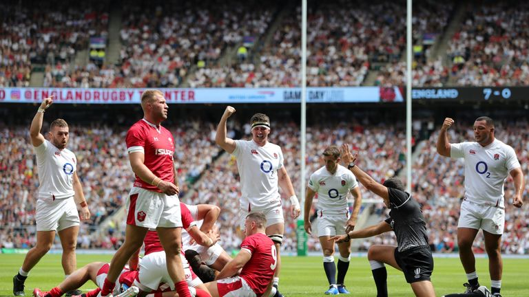 Joe Cokanasiga burrowed his way over for England's second try