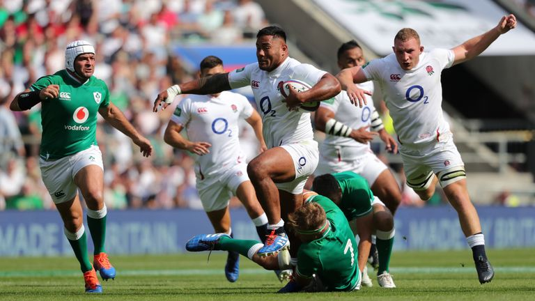 Manu Tuilagi teams up with Owen Farrell in the centre