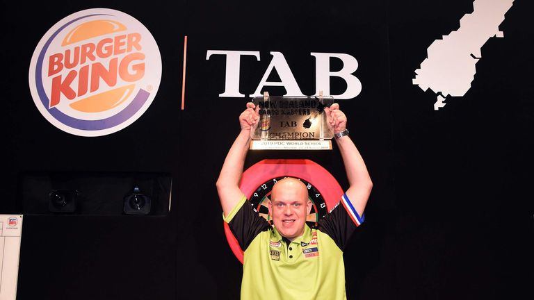 Michael van Gerwen claimed a second successive World Series title by winning the New Zealand Darts Masters