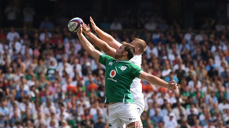 Peter O'Mahony endured a tough day in the line-out