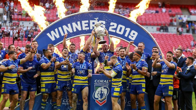 Challenge Cup final: Warrington Wolves beat St Helens at Wembley