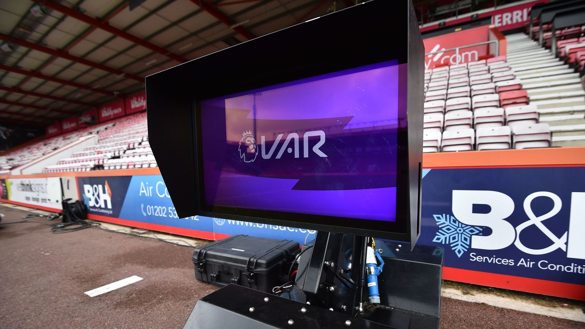 VAR: Why aren't Premier League referees using monitors?